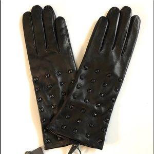 Vince Camuto black leather gloves Medium